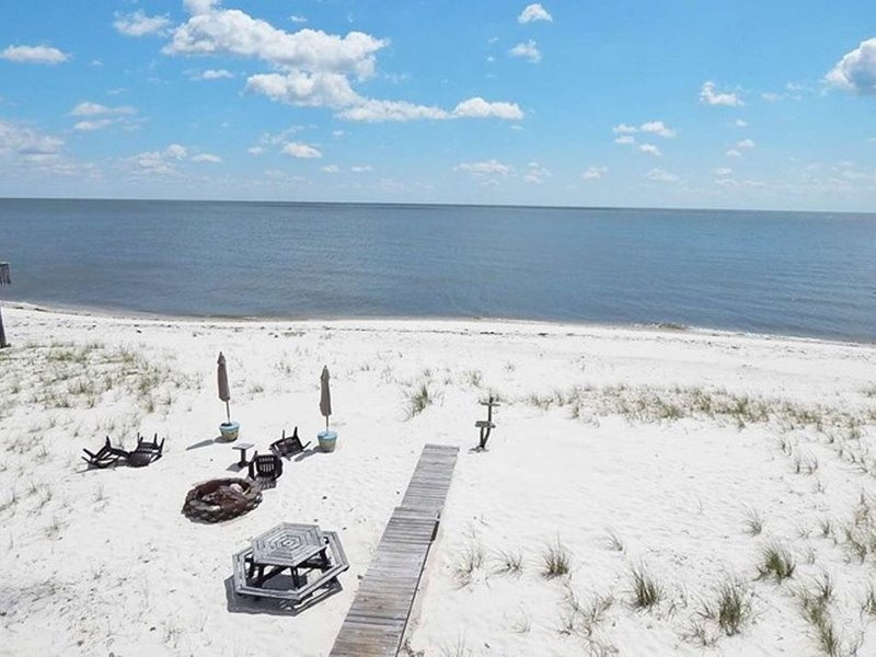 Gorgeous Ocean Views in modern Beachfront Home, vacation rental in Panacea