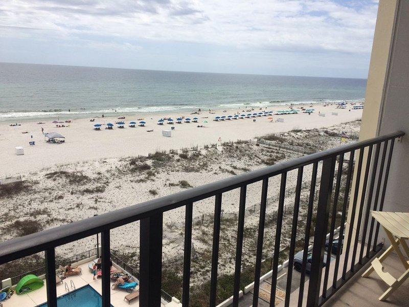 Getaway 2 - June & Rob's Condo, holiday rental in Gulf Shores
