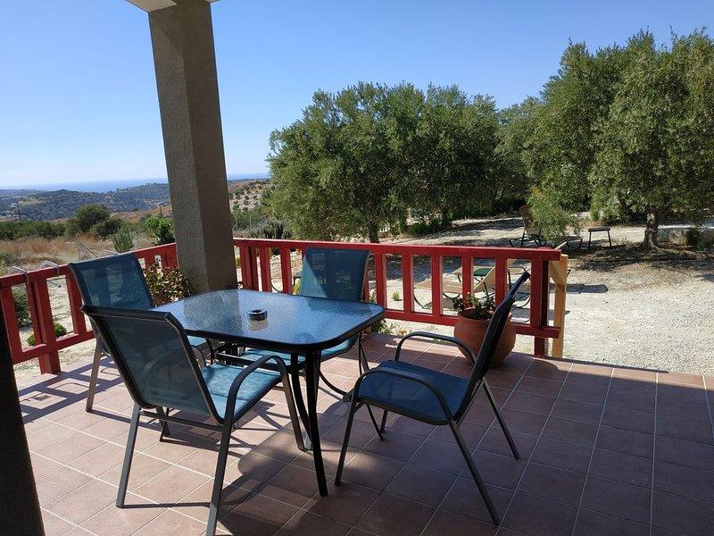 To spiti tou Papa sto vouno, holiday rental in Agios Ioannis Pyrgiotissis