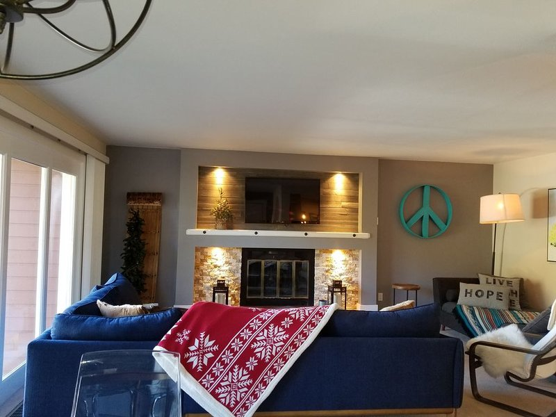 Updated mountain view Timber Ridge Condo with 2 bedrooms and 2 baths., alquiler vacacional en Silverthorne