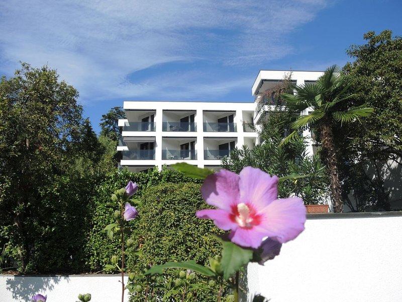 Ferienwohnung an Top-Lage in neu renovierter Residenz mit hauseigenen Hallenbad, location de vacances à Avegno Gordevio