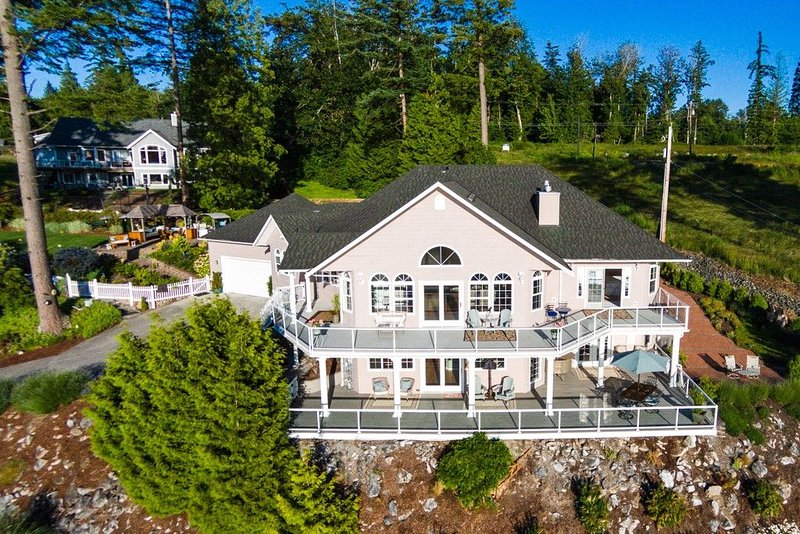 Your Home Away at Semiahmoo Bay, vacation rental in Point Roberts