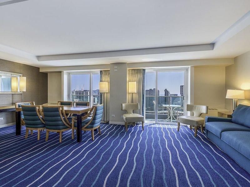 2BR/2.5BA  Premier Suite on 33 Floor, Beautiful View! Book Now at Best Rate!, alquiler de vacaciones en Aiea