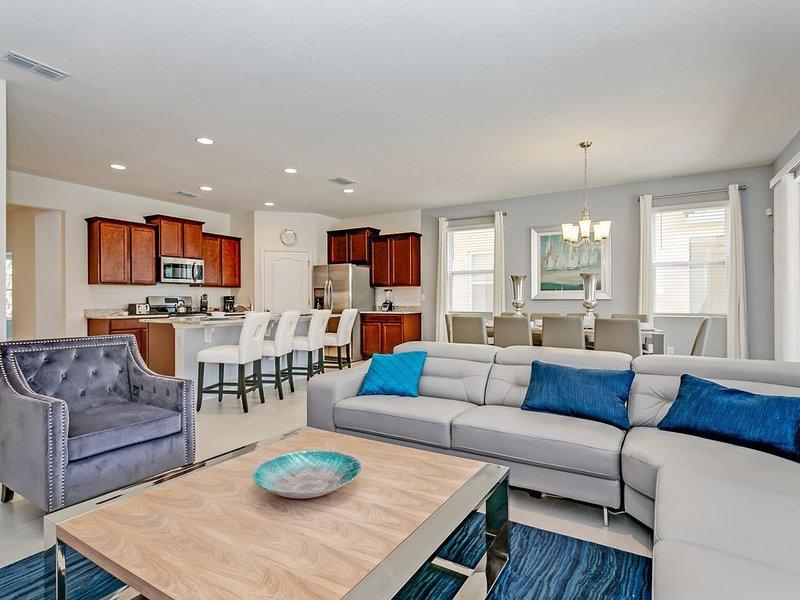 Amazing 7  Bedroom Solterra  New Resort  Home, alquiler de vacaciones en Loughman