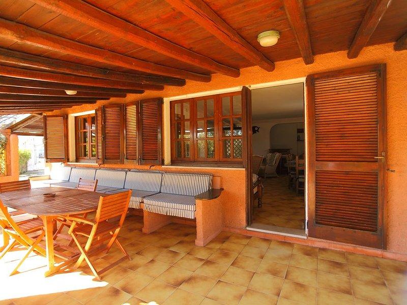'VILLETTA al MARE' 5 minutes from the BEACH, with Terrace and Barbecue, alquiler de vacaciones en Pittulongu