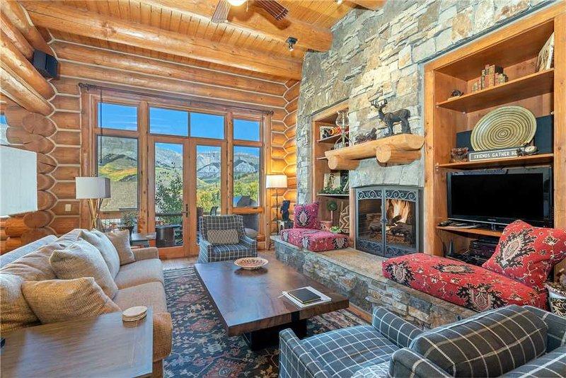 Villas at Tristant 211: 5 BR / 5 BA condo in Mountain Village, Sleeps 14, location de vacances à Mountain Village