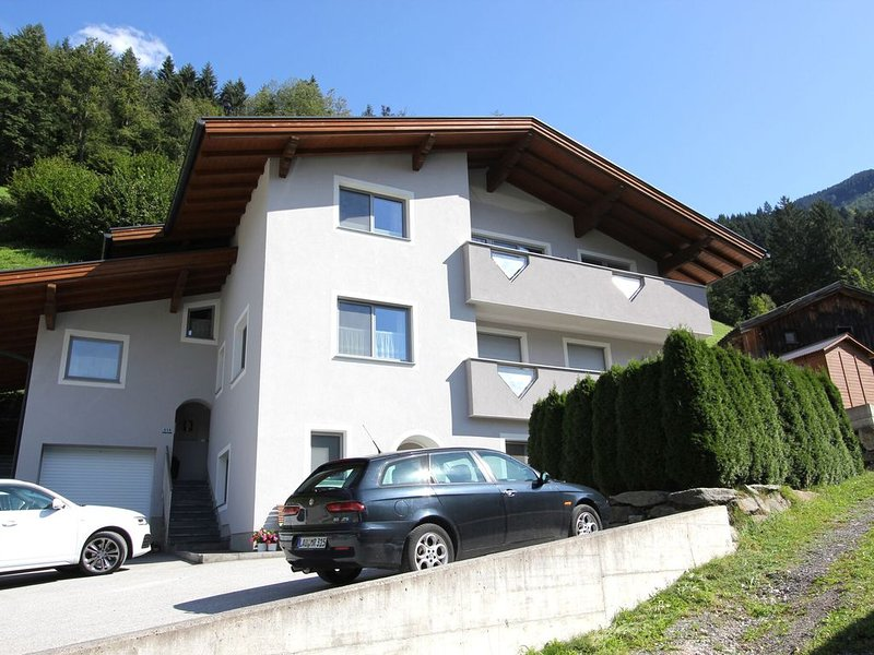 Modern Apartment in Ramsau im Zillertal with Terrace, holiday rental in Ramsau im Zillertal