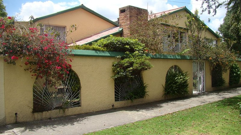 The best place to feel good away from home, holiday rental in Bogota
