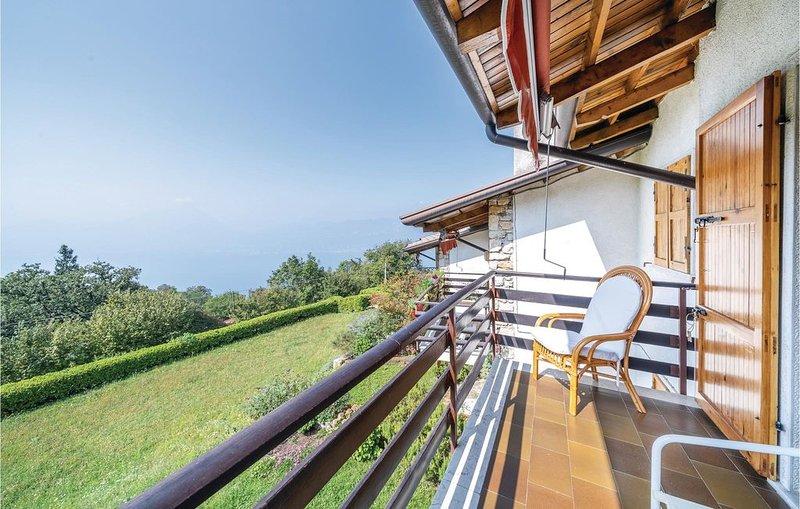 2 Zimmer Unterkunft in San Zeno, vacation rental in Torri del Benaco