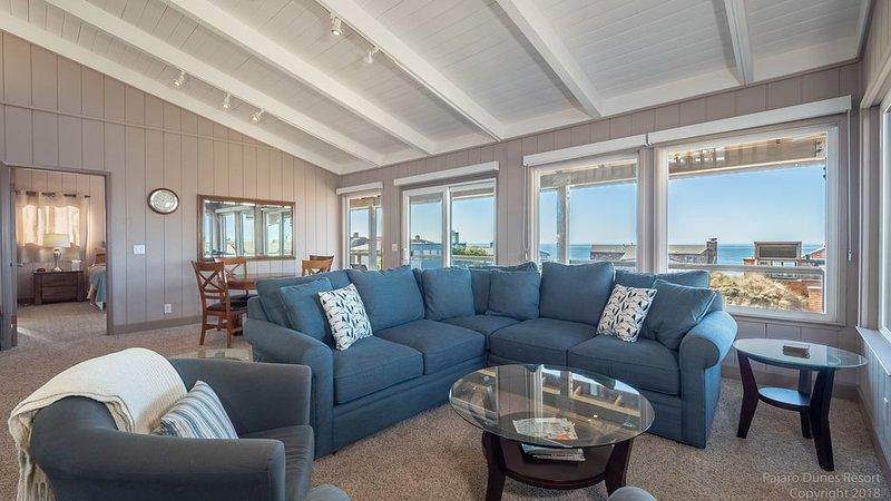 ¡Sala de estar con vista al mar!