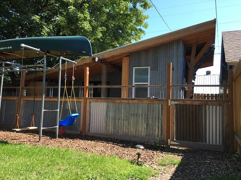 282: Tiny house, heart of Missoula, alquiler de vacaciones en Missoula
