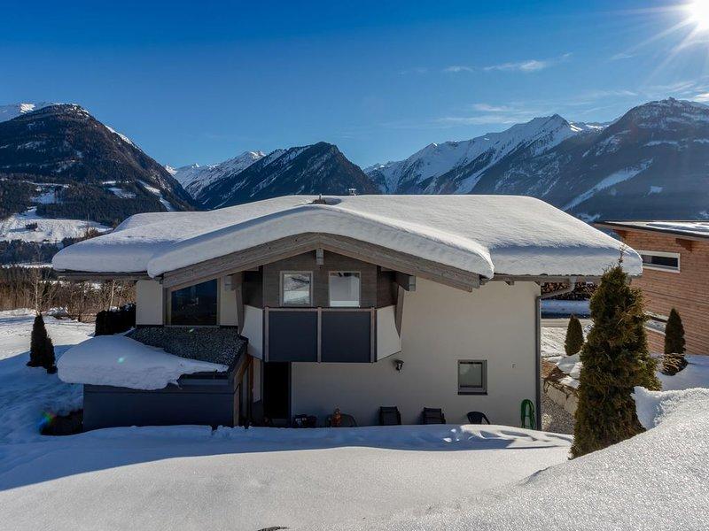 Spacious chalet in Salzburg mountains with ski storage, vacation rental in Neukirchen am Grossvenediger