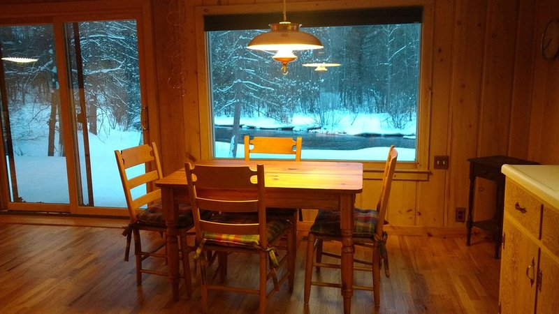 Beautiful AuSable River Home, holiday rental in Crawford County