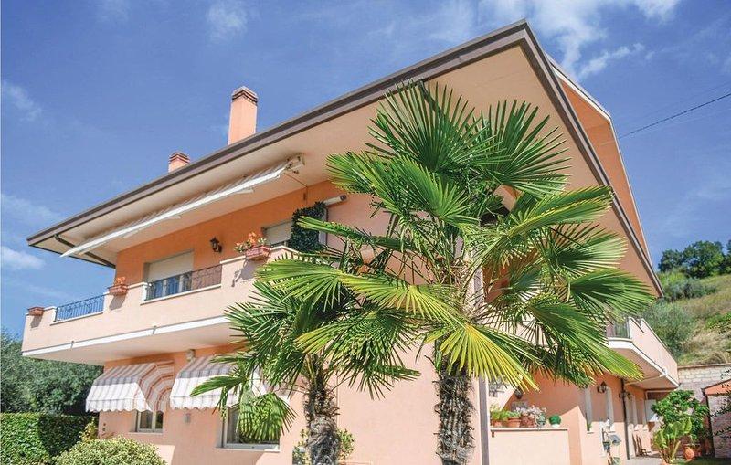 5 Zimmer Unterkunft in Ripa Teatina -CH-, holiday rental in Ari