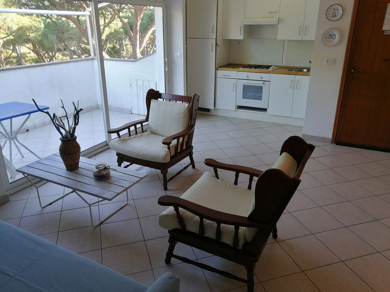 appartamento ben servito in posizione strategica, vacation rental in Ponti di Badia