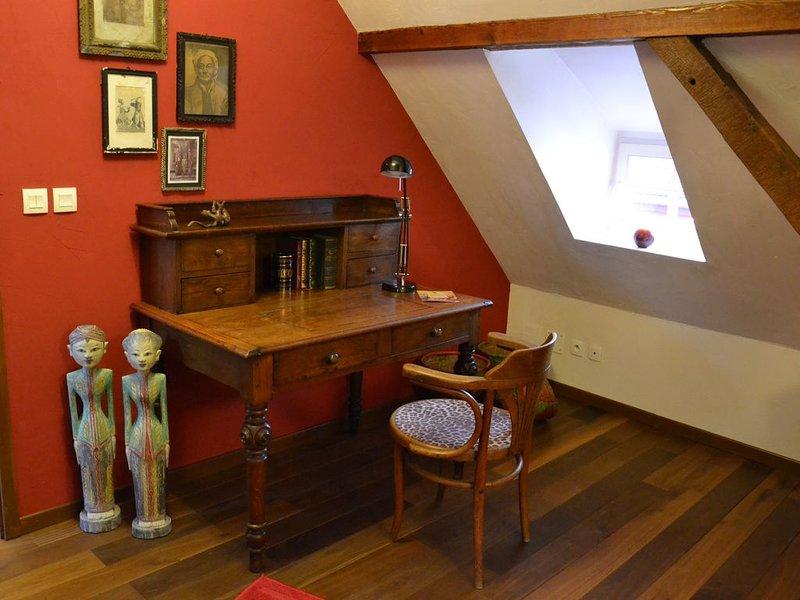 Maison (gîte)dans ferme du 18 ème - ALSACE Route des Vins 20 Km  de Strasbourg, holiday rental in Dahlenheim