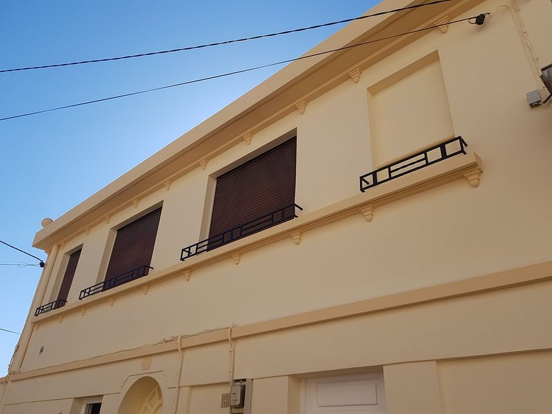 Canet Plage, bel appartement 70 m² tout confort, vacation rental in Canet-en-Roussillon