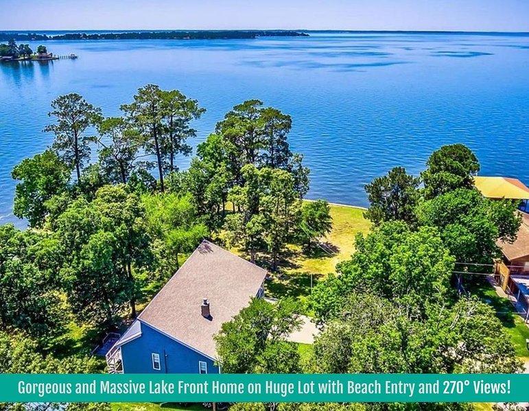 Gorgeous & Massive 5 Bed/5.5 Bath Lakefront Retreat! – semesterbostad i Livingston