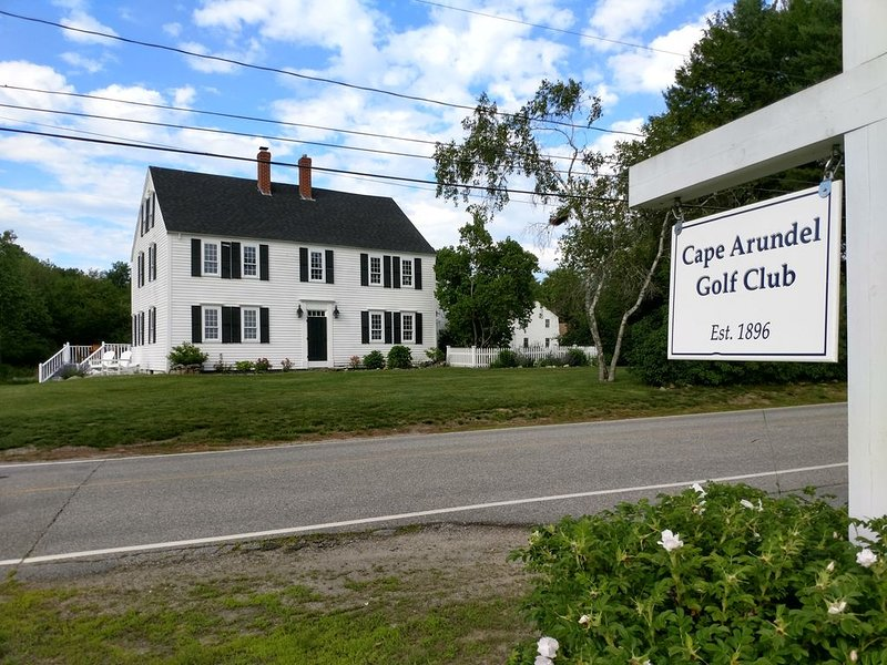 Sale!  Enjoy Kennebunkport during the quiet season., vacation rental in Kennebunkport