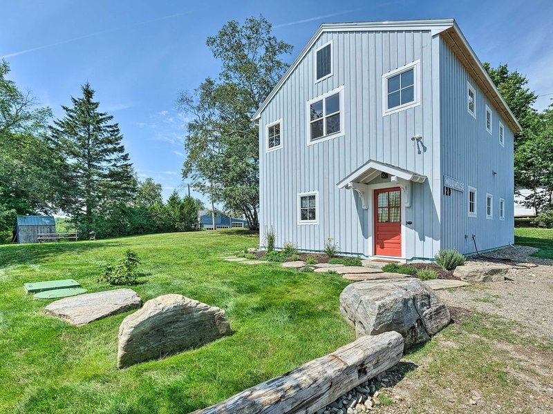 Entire home /Vintage  modern , new home, holiday rental in Searsport