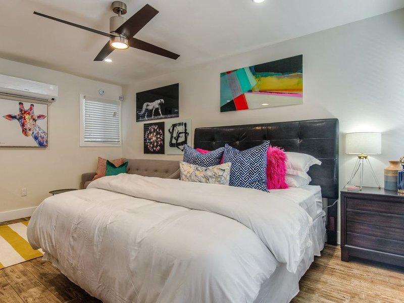 ★ Walk Score 96 ★ Studio Apt ★ Wifi ★ King Bed ★ (LB7119) - ROMI Living - Extend, alquiler de vacaciones en Long Beach