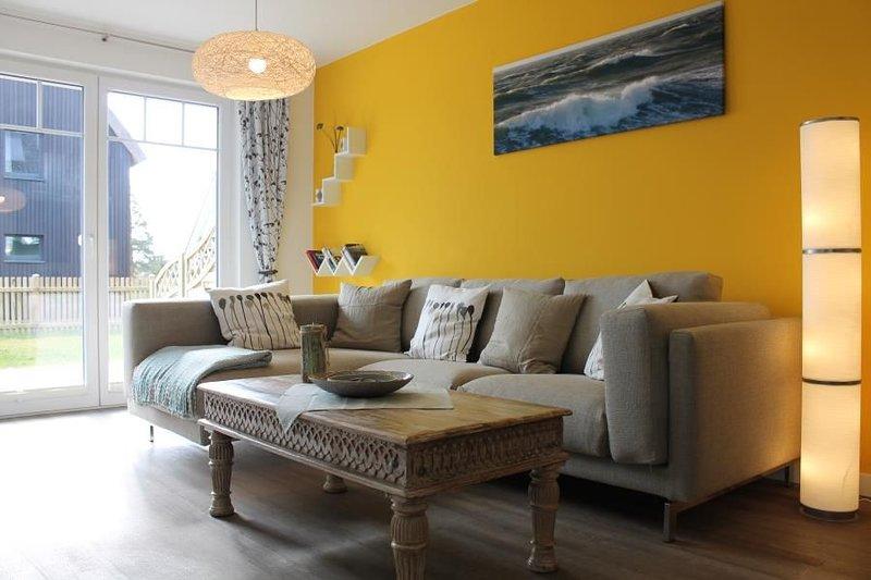 Perlentaucher - komfortable, gemuetliche FeWo fuer 4 Personen, Sonnenterrasse, G, vacation rental in Born