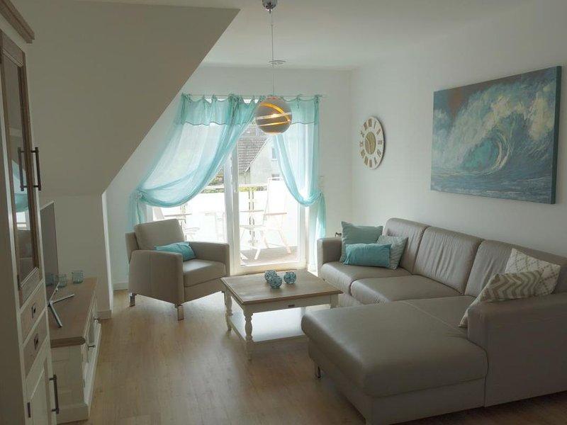 Harmonie - komfortable, gemuetlich eingerichtete FeWo fuer 4 Personen mit Balkon, casa vacanza a Hessenburg