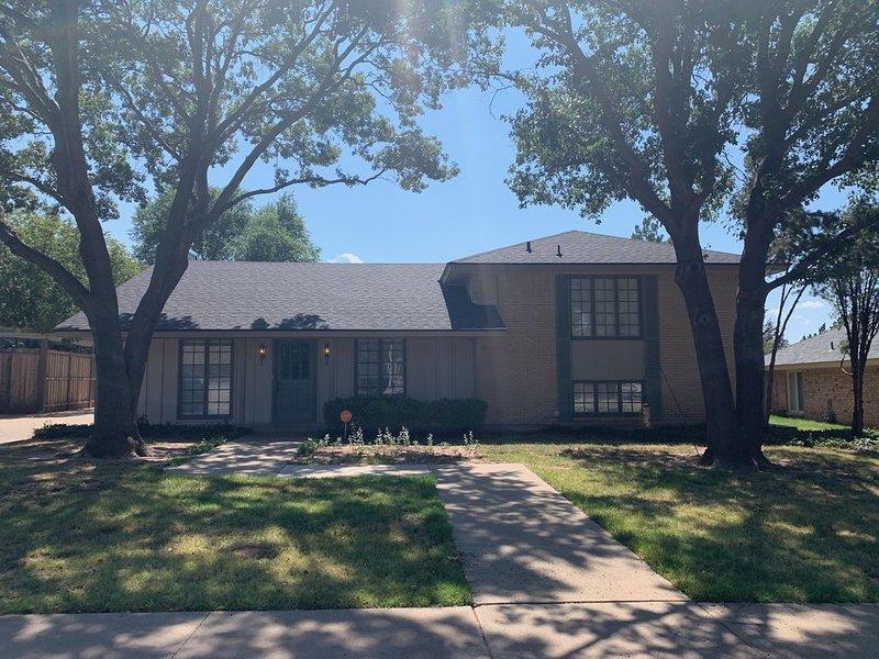 La Palomita House near TTU and Historic downtown, location de vacances à Lubbock