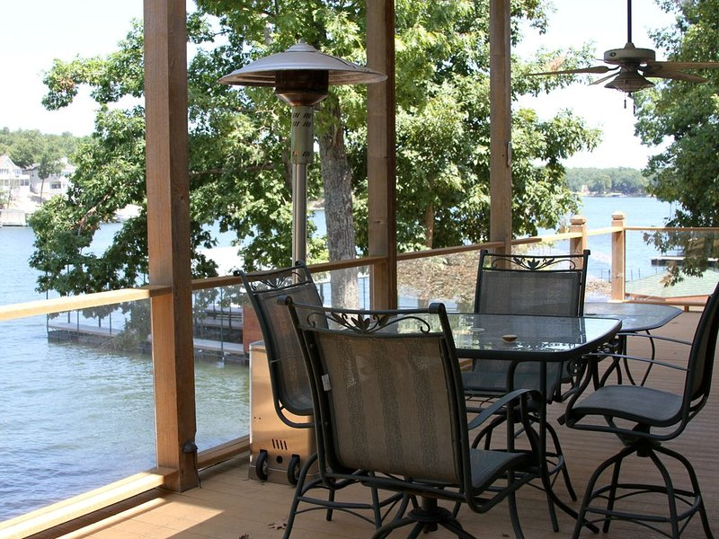 Thunder Cove 8MM - Close to Everything, vacation rental in Gravois Mills