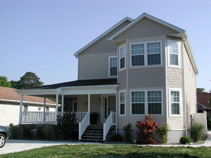 5 BR, 4 BA House in Bethany Beach, Sleeps 16, WI-FI, holiday rental in Bethany Beach