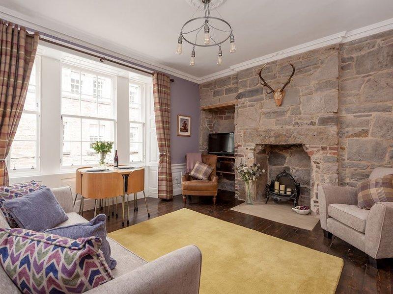 Delightful City Centre Apartment With Stunning Interior., location de vacances à Édimbourg