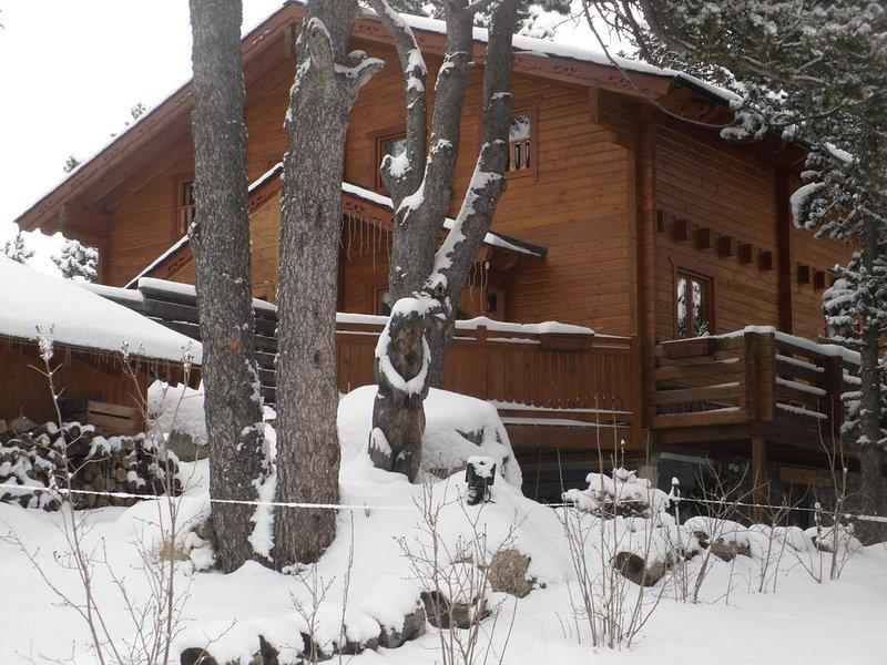 Chalet scandinave typique,centre FONT ROMEU,près des remontées, location de vacances à Font-Romeu-Odeillo-Via