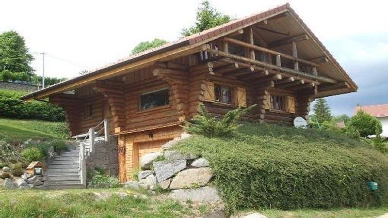 Chalet avec vue panoramique au calme - 10 min des pistes, sauna, randonnés VTT, vacation rental in La Bresse