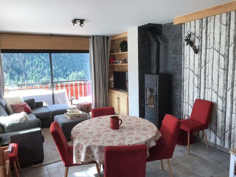 Authenticité et confort, navette gratuite pour rejoindre les pistes et le centre – semesterbostad i Chatel