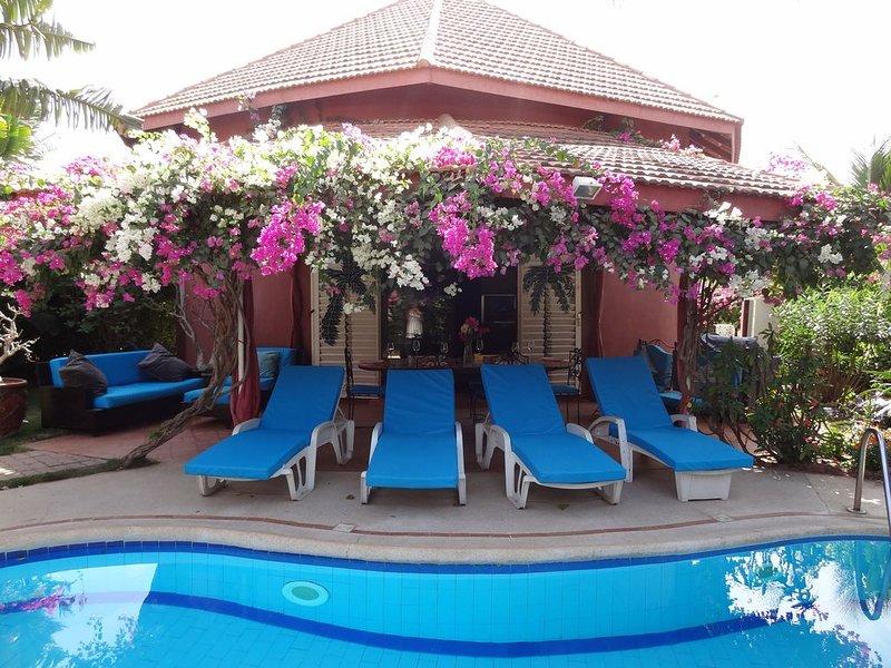 Villa avec piscine privée, Résidence 'SAFARI VILLAGE',  plage privée a 200 m., alquiler vacacional en Senegal