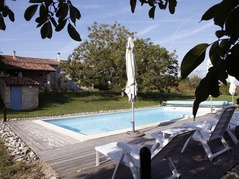 Gîte de caractère  à Cuq-Toulza (Tarn), proche de Toulouse, Albi, Carcassonne, holiday rental in Saint-Felix-Lauragais