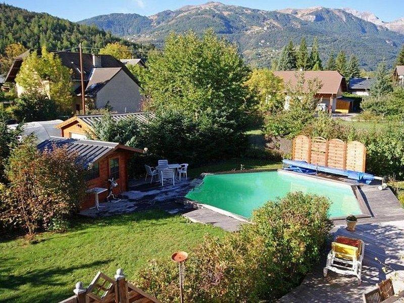 Maison 4* avec piscine, 6 à 10 personnes, cyclistes, randonneurs, familles, location de vacances à Jausiers
