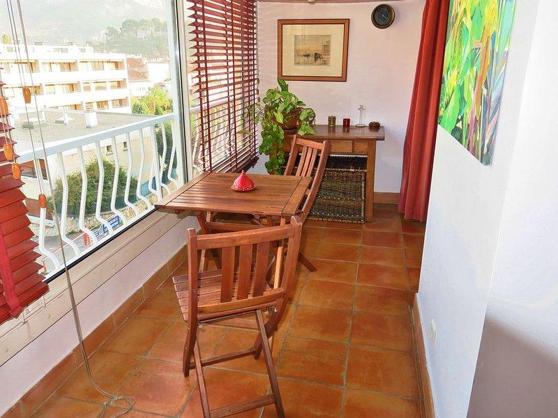 MAGNIFIQUE APPARTEMENT T2 VILLAGE CASSIS, location de vacances à Cassis