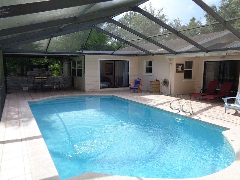 Lutz Cottage - Pool / Beaches / Busch Gardens / Disney / USF / Pets, alquiler de vacaciones en Lutz