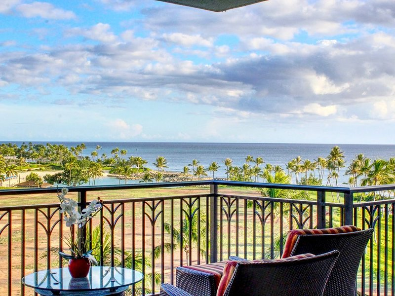 Early HOLIDAY Discount on the beach! ��️ B703, Ferienwohnung in Kapolei