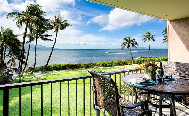 Fantastic Direct Oceanfront Views– Sleeps 4, Ferienwohnung in Wailuku