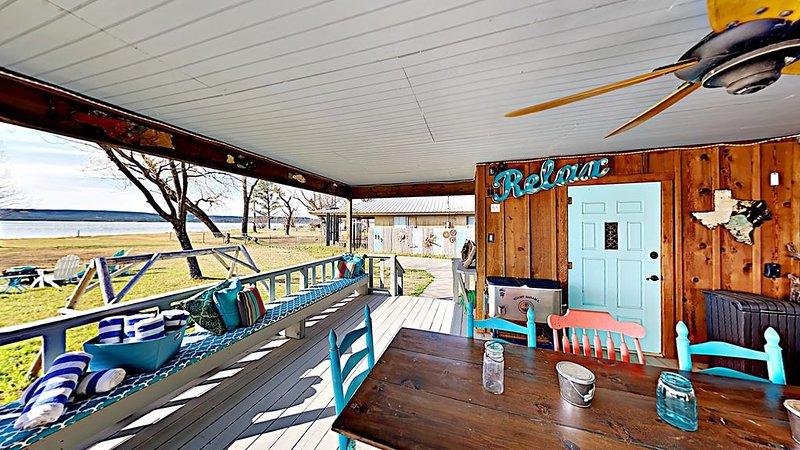 PK Lake Front - Tranquil and Super Clean!, location de vacances à Graford