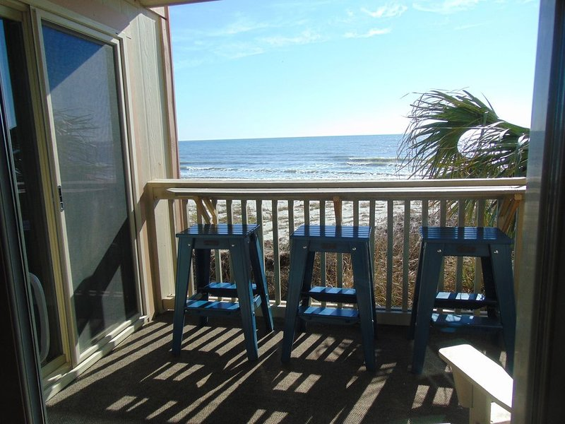Wake up to the sunrise from your Master Bedroom! **SPECIAL SEPTEMBER RATE**, location de vacances à Surfside Beach