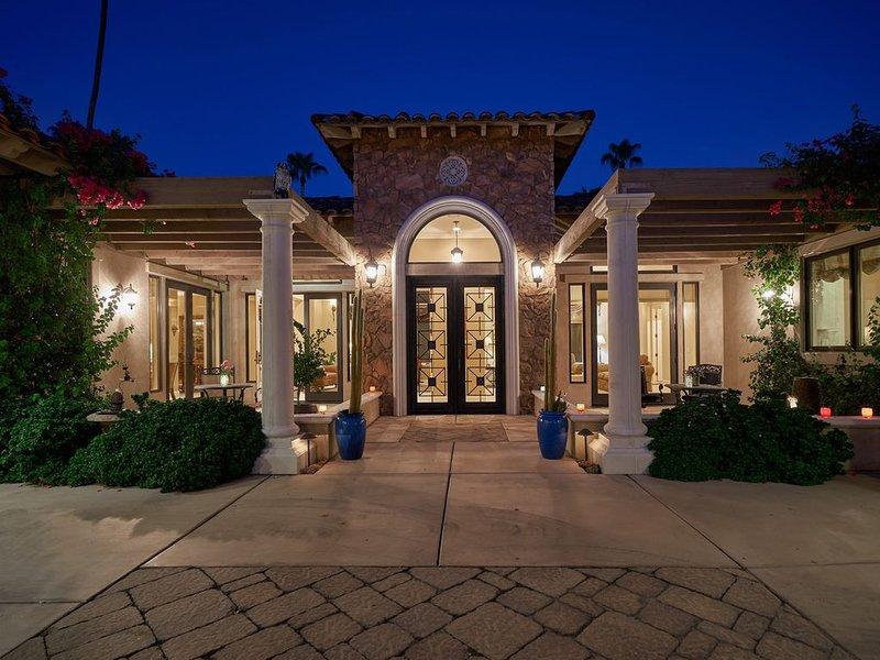 2 BR  1700 sqft lux Guest Hse w/opt 3 Br Casita  Frmr Desi Arnaz prop Age50+, alquiler de vacaciones en Rancho Mirage