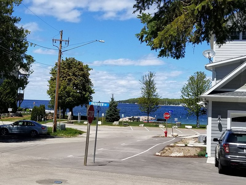 IN THE HEART OF SISTER BAY!!!, vacation rental in Sister Bay