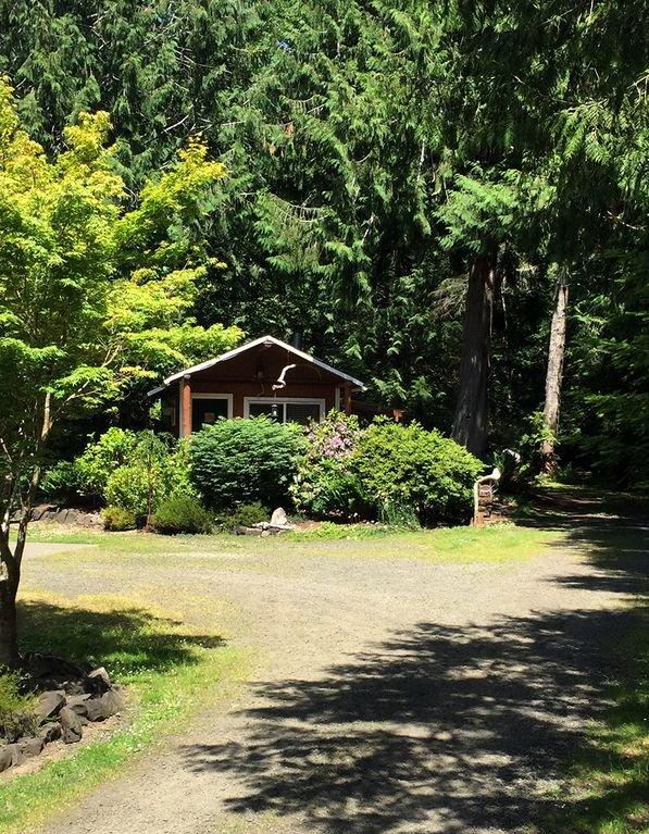 Huckleberry Cabin & Trails