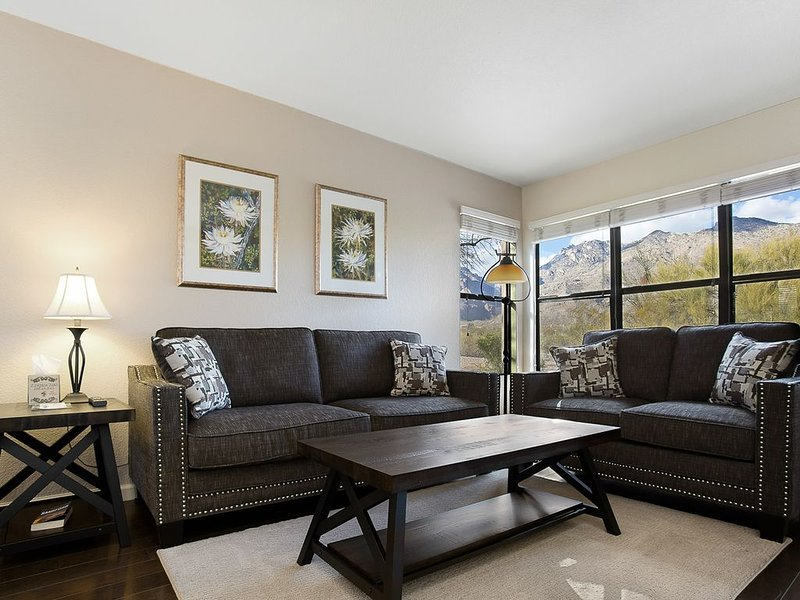 Ventana Canyon - Foothills Luxury Condo, vacation rental in Tucson
