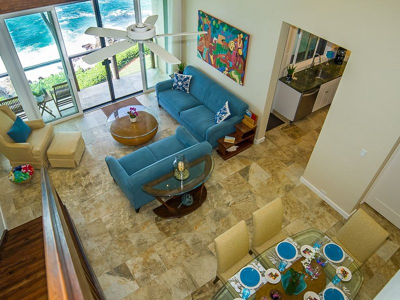 STUNNING OCEANFRONT * Poipu's Best View * 3Bdm/3Bath Penthouse Poipu Makai Koloa, casa vacanza a Koloa