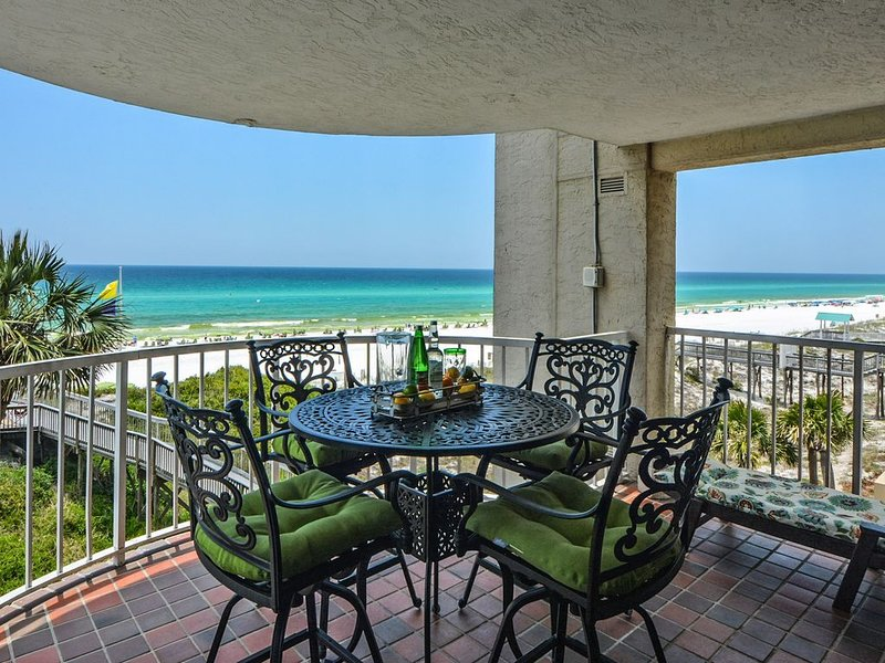 Open 4/22 - 27! You Found It! 3 BR/3 BA. Beachfront! Amazing Gorgeous Views!, vacation rental in Miramar Beach