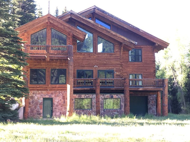Private 48 Acre Riverfront Lodge Surrounded by Beautiful National Forest!, holiday rental in Rico